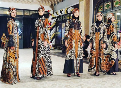 PPHI-AP I Gelar Fashion Show Usung Powerful and Colorful