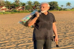Perdana Menteri India Pungut Sampah di Pantai | Genpi.co - Palform No 1 Pariwisata Indonesia