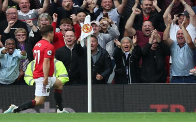 Manchester United Libas Chelsea 4-0
