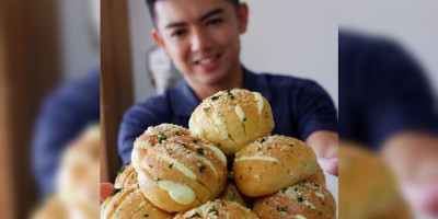 Buat Cream Cheese Garlic Bread Ala Nicky Tirta, Yuk! | Genpi.co - Palform No 1 Pariwisata Indonesia