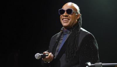 Menginspirasi! Disabilitas Stevie Wonder Sukses Mendunia | Genpi.co - Palform No 1 Pariwisata Indonesia