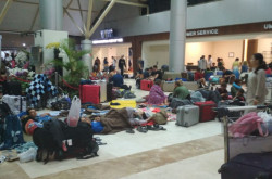 Arief Yahya Got Confused by Stranded Tourists in LIA | Genpi.co - Palform No 1 Pariwisata Indonesia