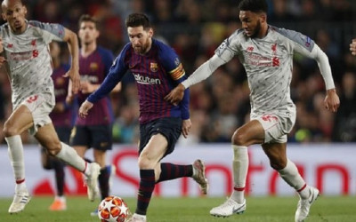 Preview Liverpool VS Barcelona, Lini Depan The Reds Pincang