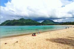 Eksostis, Pantai Lampuuk Disebut Kuta-nya Aceh | Genpi.co - Palform No 1 Pariwisata Indonesia