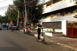 Dishub DKI Bakal Sita Skuter Listrik GrabWheels yang Nakal   Genpi.co - Palform No 1 Pariwisata Indonesia
