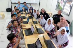 Lenovo Bagi-bagi Laptop Buat Siswa dan Guru Sekolah Rakyat Ancol   Genpi.co - Palform No 1 Pariwisata Indonesia