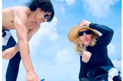 Usia Madonna Sudah 61 Tahun, Pacarnya Baru 25   Genpi.co - Palform No 1 Pariwisata Indonesia