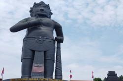 Patung Gajah Mada di Mojokerto Cetak Rekor MURI | Genpi.co - Palform No 1 Pariwisata Indonesia