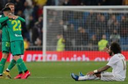 Babak Belur, Real Madrid Dibantai Real Sociedad 3-4 | Genpi.co - Palform No 1 Pariwisata Indonesia