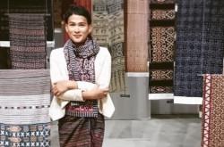 Keren! Prestasi Internasional Oscar Lawalata Lewat Kain Nusantara | Genpi.co - Palform No 1 Pariwisata Indonesia