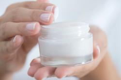 6 Cara Bedakan Krim Wajah Palsu Saat Beli di Toko Kosmetik   Genpi.co - Palform No 1 Pariwisata Indonesia