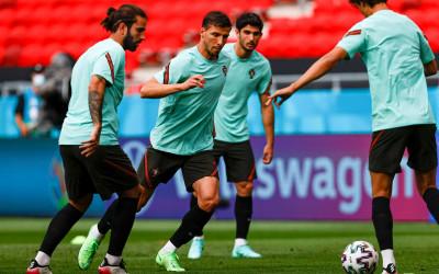 Portugal vs Hungaria: Cristiano Ronaldo Buat Kehebohan