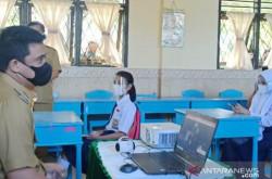 Pak Jokowi, Tolong Hentikan Rencana Bobby Nasution, Bahaya   Genpi.co - Palform No 1 Pariwisata Indonesia