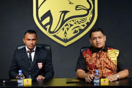 2 Legenda Sepak Bola Indonesia Jadi Bagian Borneo FC