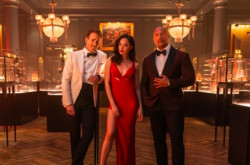 Dwayne Johnson, Gal Gadot & Ryan Reynolds Main Film Bareng, Top! | Genpi.co - Palform No 1 Pariwisata Indonesia