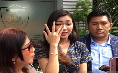 Polisi Periksa Mantan Pramugari Garuda Terkait Akun @digeeembok