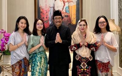 Guys, 3 Putri Djarot Saiful Hidayat Cantiknya Kayak Bidadari Lo