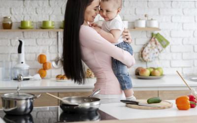 Jangan Sepelekan Warna Feses Bayi, Bisa Jadi Tanda Sakit