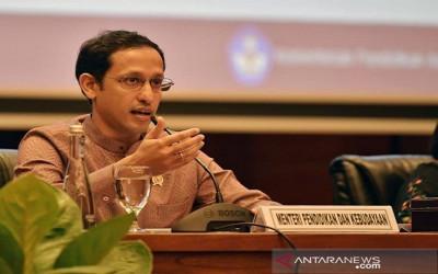 Kinerja Menteri Nadiem Payah Tak Semulus di Gojek