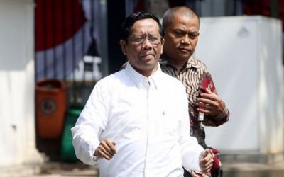 Akademisi Top Beber Komplotan Istana, Bisa Bikin Mahfud MD Kaget