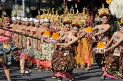 Semangat Pluralisme Disuguhkan Kesenian Bali | Genpi.co - Palform No 1 Pariwisata Indonesia