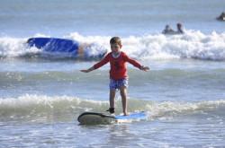 Kiat membawa anak berlibur di Pantai Kuta | Genpi.co - Palform No 1 Pariwisata Indonesia