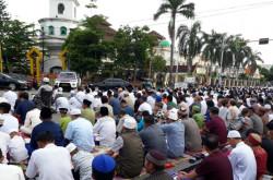 2 Amalan Selepas Shalat Idul Fitri Anjuran Nabi Muhammad SAW   Genpi.co - Palform No 1 Pariwisata Indonesia